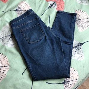 H & M Straight Leg Jegging